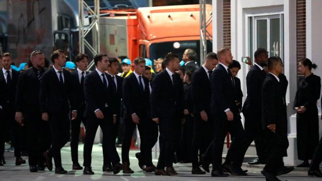 Farewell! Leicester City Players In Thailand For Owner's Funeral 1
