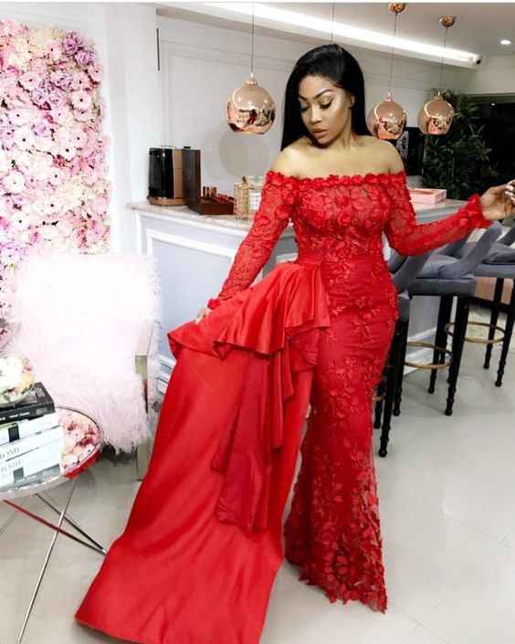 Aso-Ebi style: Channel Your Inner Stunning As You Rock These 5 Aso-ebi Styles 4