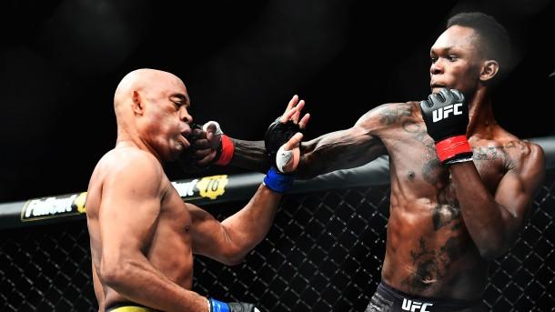 Meet Nigerian-New Zealand Mixed Martial Art Fighter Isreal Adesanya As He Defeats Anderson To Keep Unbeaten Record 1