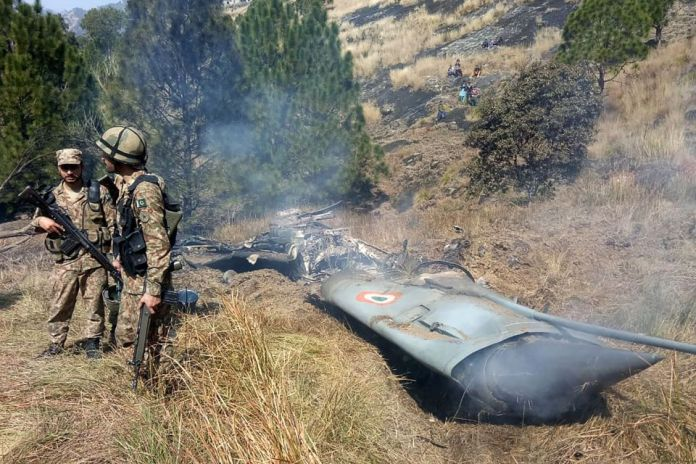 Kashmir:Pakistan Shoots Down Two Indian Warplanes And Captures Two Pilots 4
