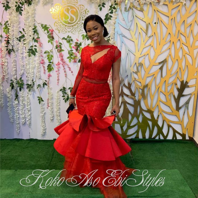 Aso Ebi With The Hot Sauce! These Five Styles Are A Definite Show-Stopper 2