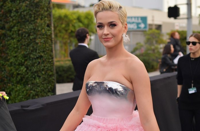 Who What Wear: Katy Perry Goes Dramatic In Pink Balmain Couture Gown For 2019 Grammy Awards 5
