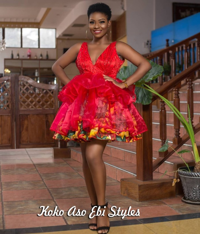 Aso Ebi Slay: These Five New Styles Are A Definite Show-Stopper 2
