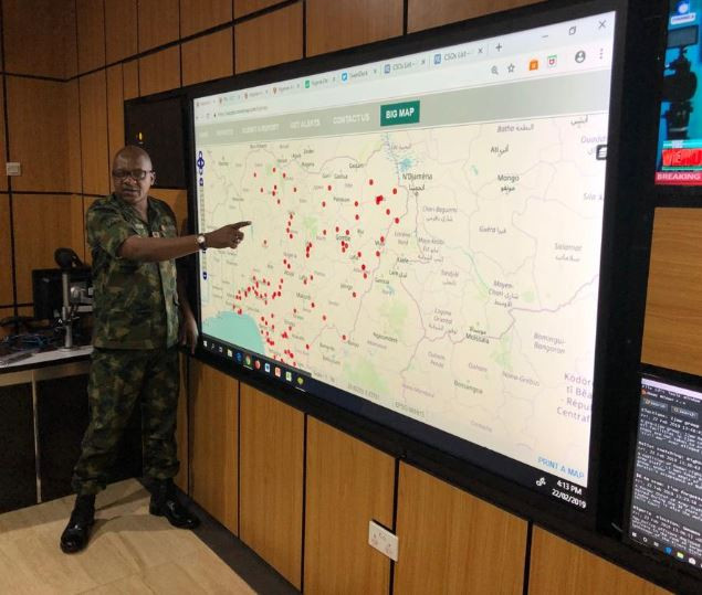 2019 Elections: Chief Of Naval Staff, Police IG, EFCC Chairman Visit Nigerian Army's Situation Room 2