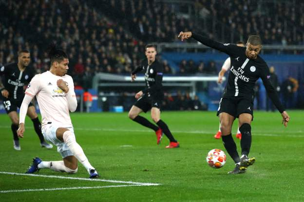 Diogo Dalot Sends Clear Message To Man Utd Boss Ole Gunnar Solskjaer And Aaron Wan-Bissaka 3