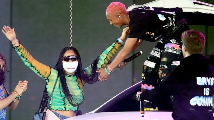 Jordyn Woods Makes Surprise Appearance On Coachella's Stage During Jaden Smith's Performance 2