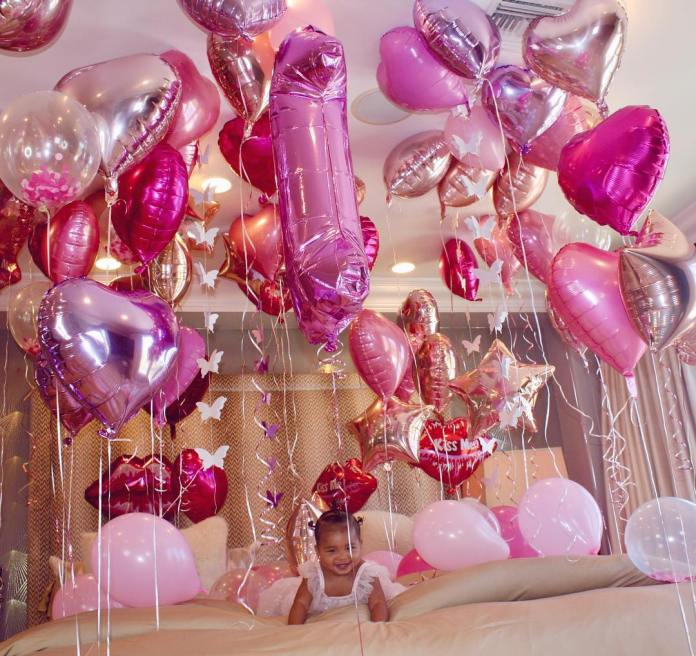 Khloe Kardashian Celebrates True First Birthday With Balloons And Personalised Doughnuts 3