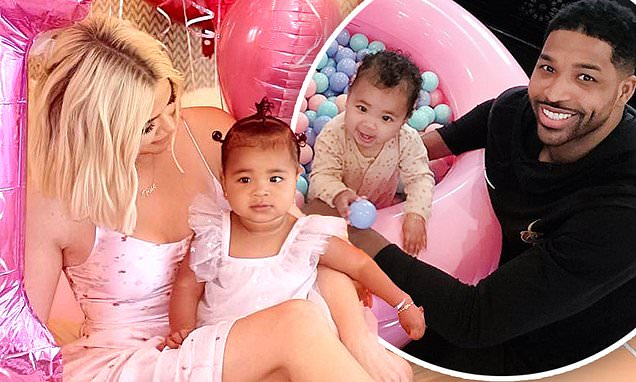 Khloe Kardashian Celebrates True First Birthday With Balloons And Personalised Doughnuts 1