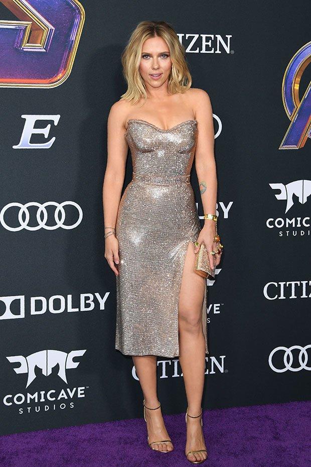 Scarlett Johansson Is A Stunner In Strapless Gown At Avengers: EndgamePremiere 1