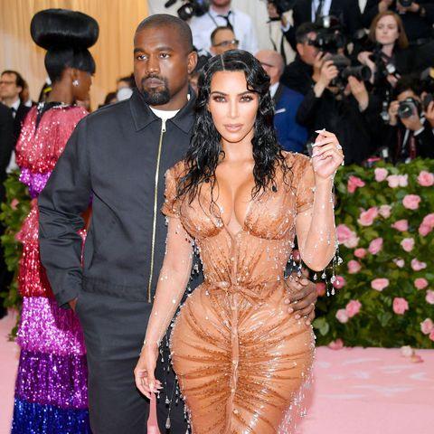 2019 MET Gala: Kim Kardashian Stuns As Accentuates Her Hourglass Curves In Skintight Thierry Mugler Corset Dress 6