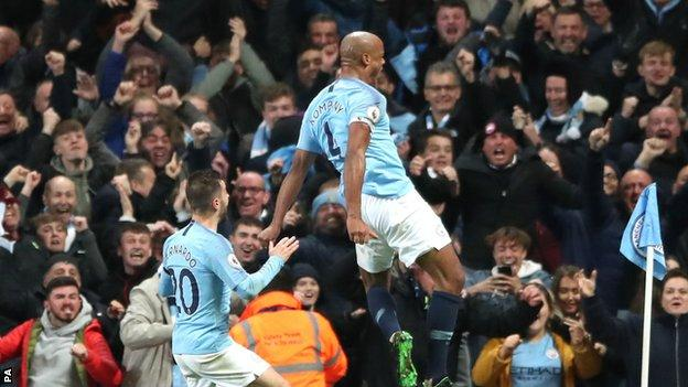 Vincent Kompany Screamer Against Leicester Puts Manchester City On Brink of Title 3