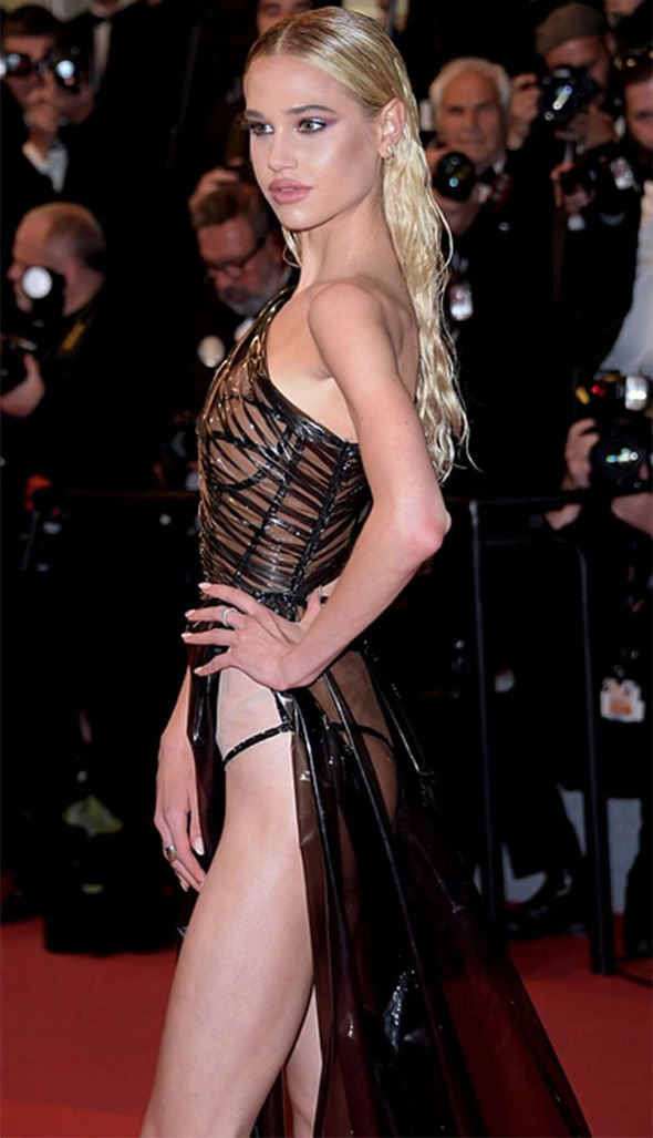 Inspired by 2013 Cannes Festival Sweetheart Nude Black
