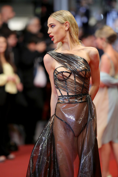 Not Again! Model Meredith Mickelson Bares All As She Suffers Another Wardrobe Malfunction At Cannes 2019 4