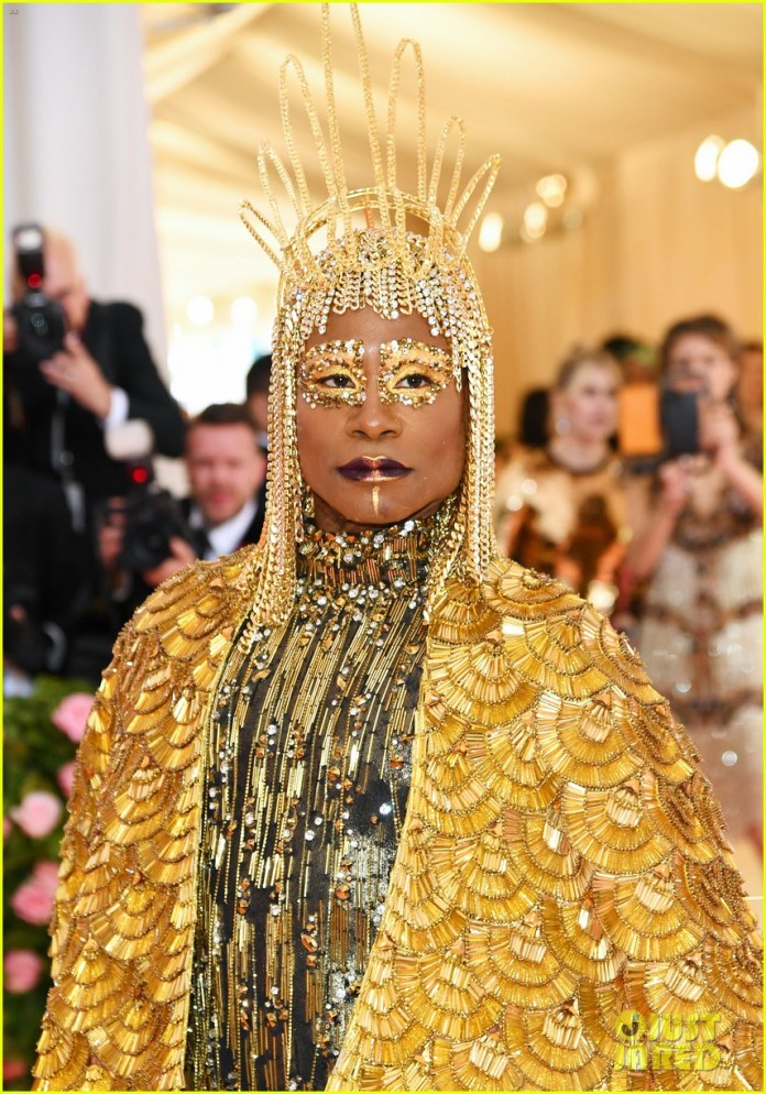 Egyptian Sun God! Billy Porter's Over The Top But Mind-blowing Met Gala Fashion Is The Talk Of The Town 5