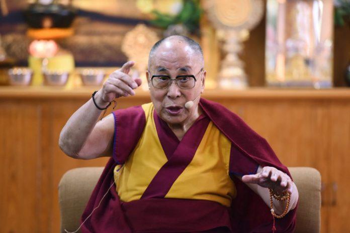 Dalai Lama: A Female Successor Should Be More Attractive 1
