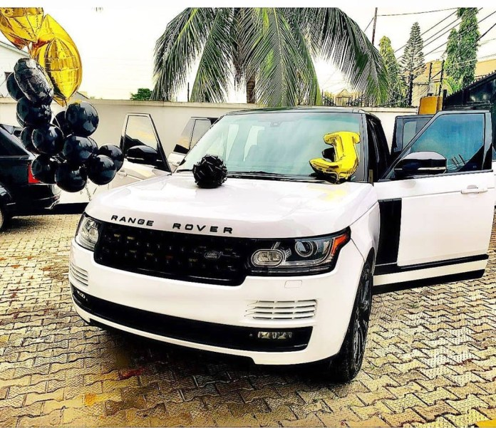 New Whip Alert! Stylist Swanky Jerry Acquires New Range Rover 3