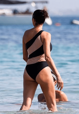 Lilly Becker Flaunts Body In Daring Norma Kamali One Piece Swimsuit