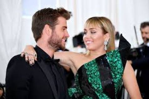 """""""My Marriage Didn't End Because Of Cheating"""", Miley Cyrus Clears The Air"""
