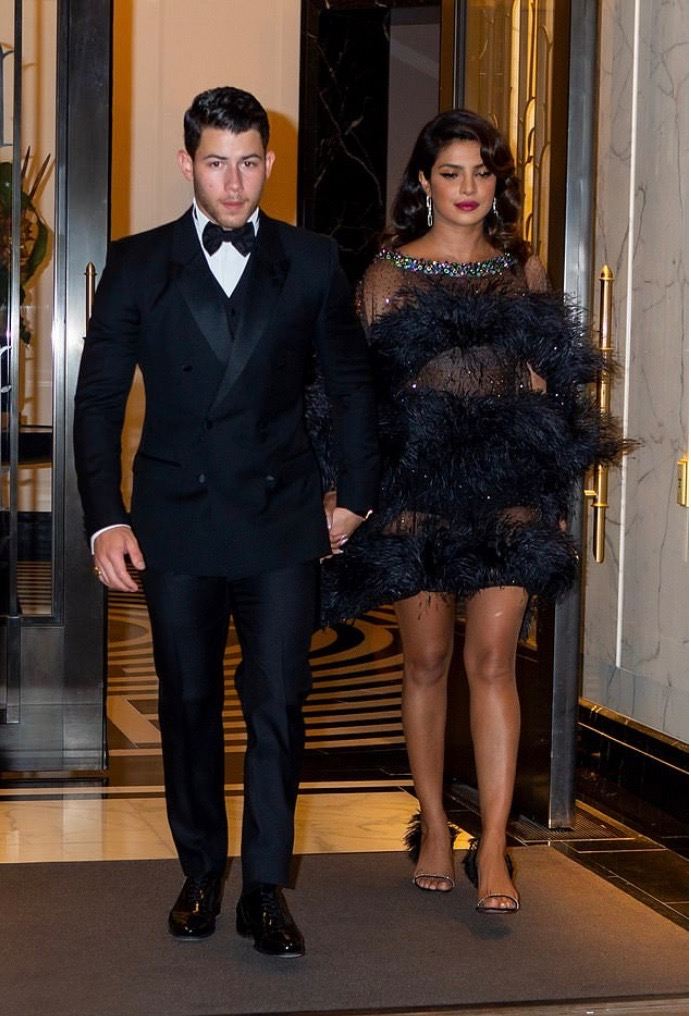 Priyanka And Nick Jonas Steps Out In Fab Black Style For Joe's James Bond Themed Birthday Party 6