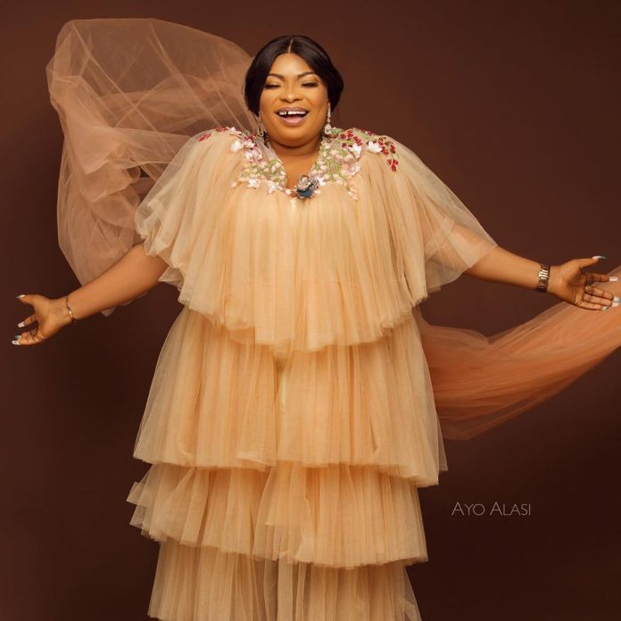 Laide Bakare Celebrates 39th Birthday With Hot Snaps 1