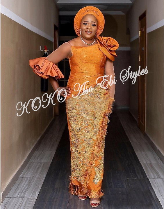 Be The Aso Ebi Queen In These Sparkling Aso Ebi Styles