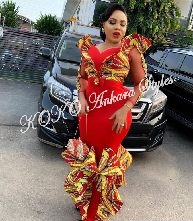 Eccentric Ankara Styles That Will Have Your Onlookers Go Awwn! 4