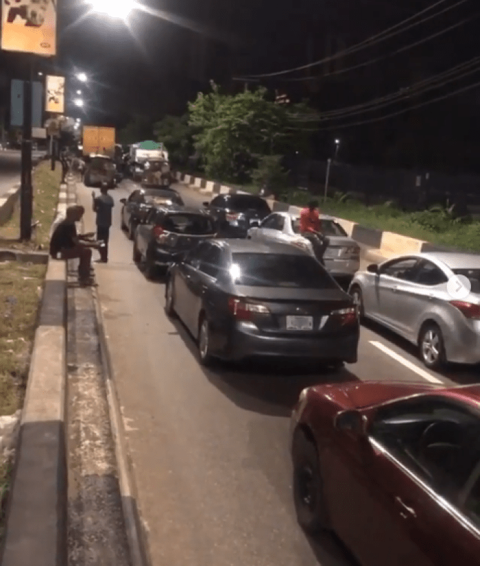 Motorist In Lagos State Sleep On The Road For Violating Curfew Order