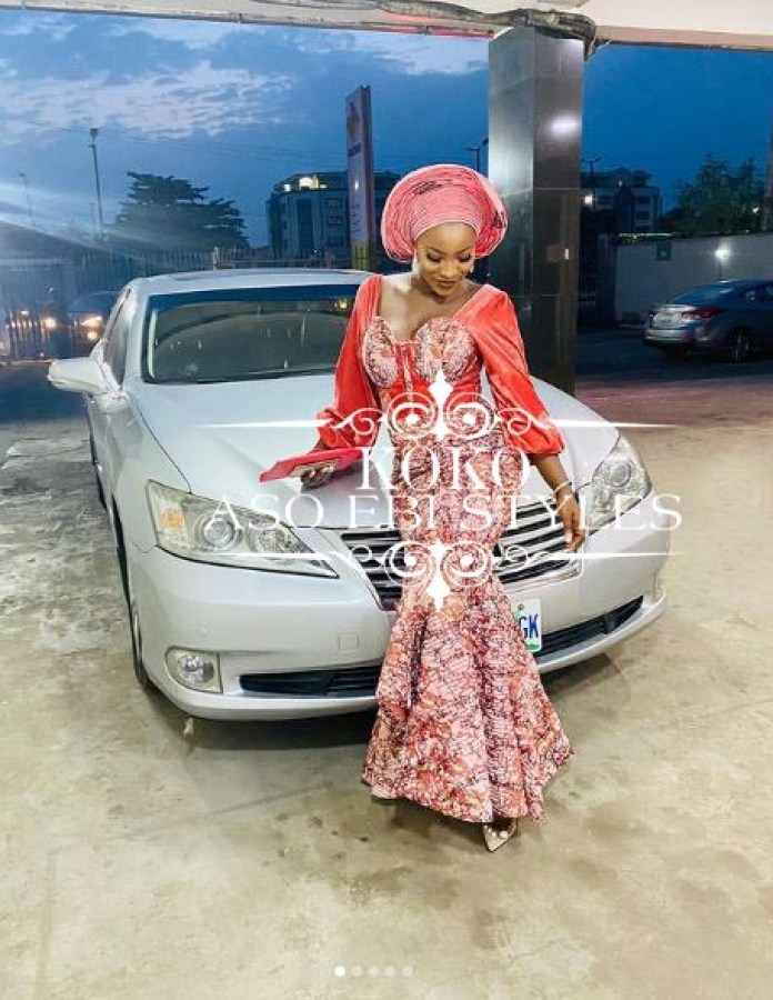 Countdown To The Festive Season In These Alluring Aso Ebi Styles