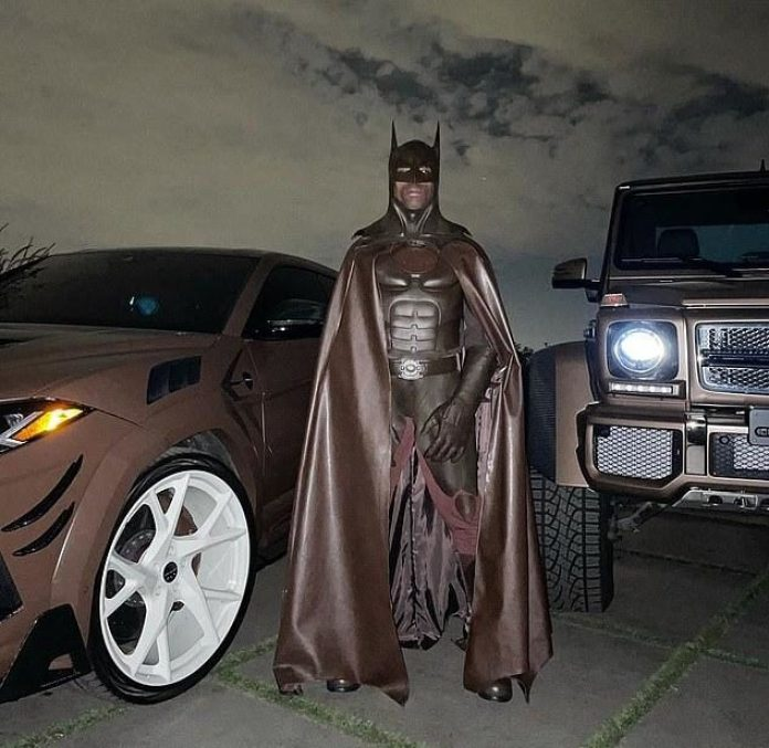 Travis Scott Deletes IG Account After Being Trolled Over His Batman Costume