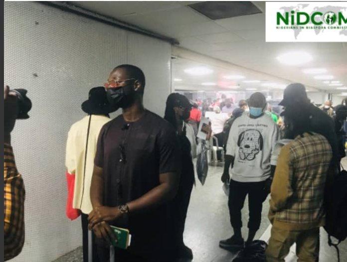 Omah Lay And Tems Finally Arrive Nigeria