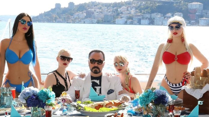 Adnan Oktar and his Kittens