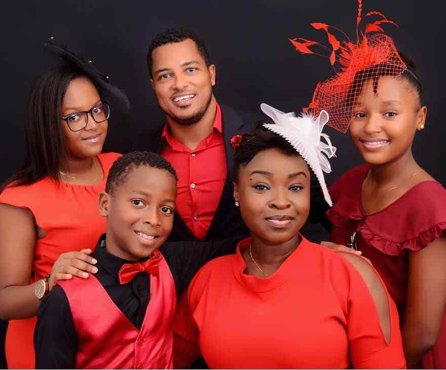 Image result for Van Vicker net worth: Family,Parents, House, movies, Awards and Achievements