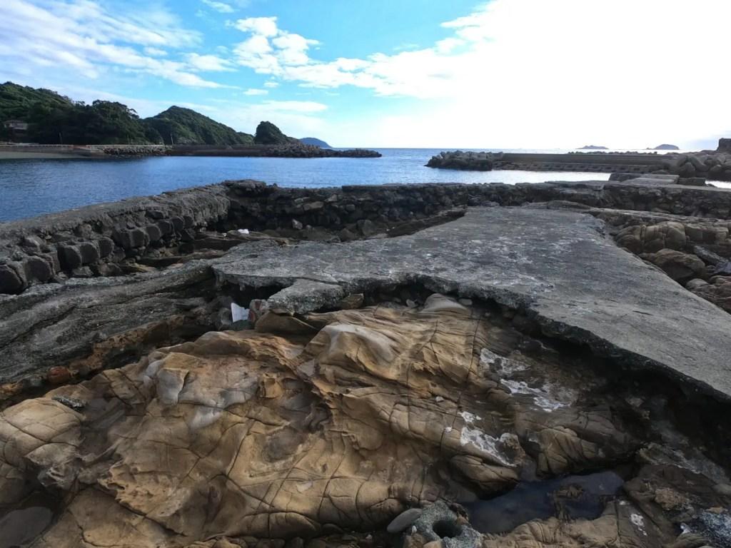 岳路海水浴場の遺構