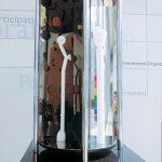 130×60×50cm ステンレス、木、黒御影石