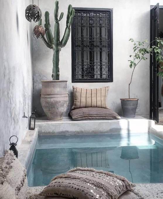 Contoh kolam renang minimalis