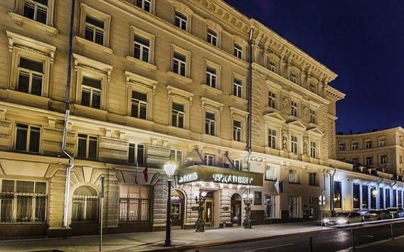 Moskwa, hotel Budapest