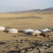 Obozowisko jurt na Pustyni Gobi