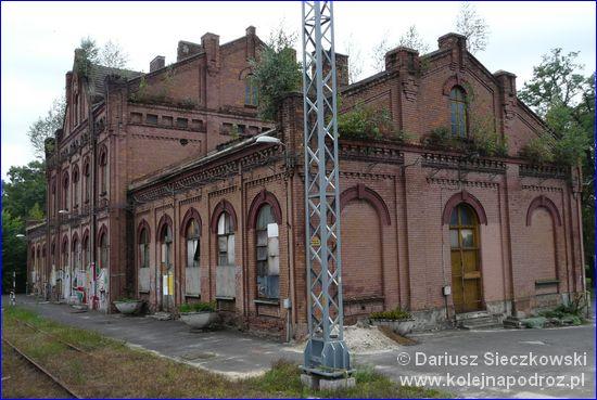 Będzin - dworzec z okna pociągu