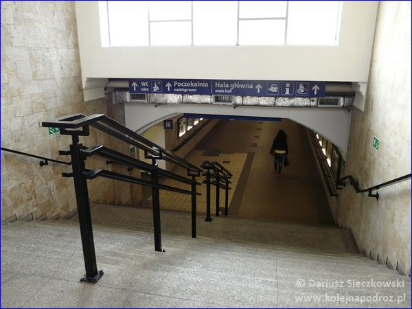 Opole Główne - zejście do tunelu