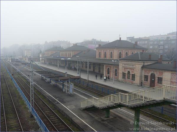 Widok z kładki na dworzec