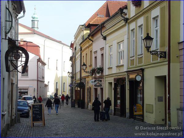 Nowy Jiczyn - ulica Żerotyńska