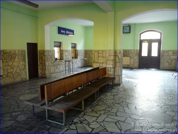 Prudnik - dworzec kolejowy - poczekalnia
