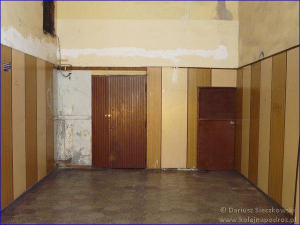 Ruda Chebzie - dworzec kolejowy - hol