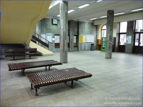 Łowicz Główny - hol dworca