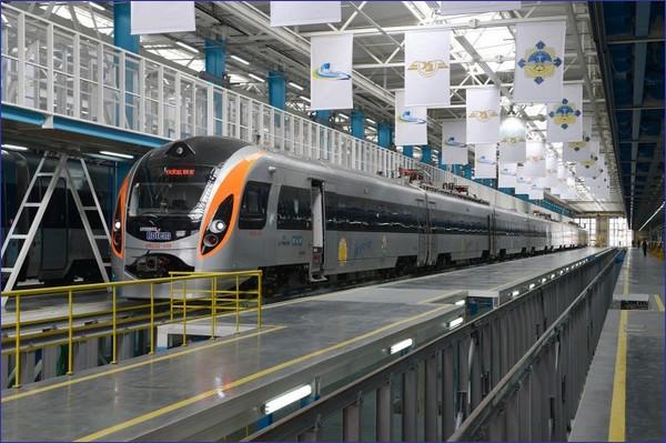 Hyundai Rotem kolei ukraińskich (źródło: materiały prasowe UZ)