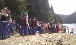 A Bélesi-tó partján szervezett emlékünnepség