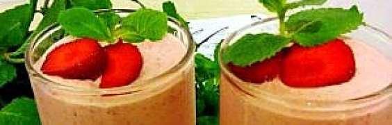 Полуничний коктейль. Рецепт приготування