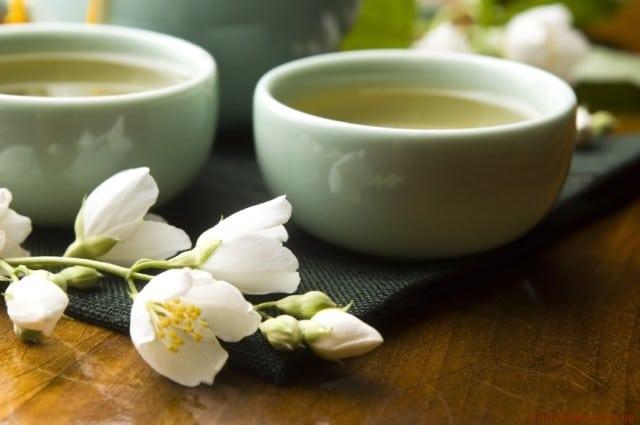 8 корисних добавок до чаю