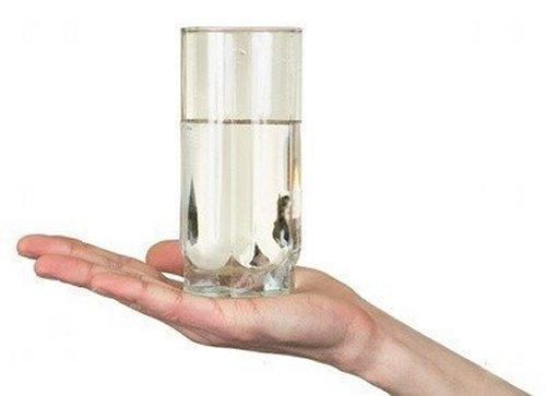 «Опусти склянку!» – незвичайна притча про те, як треба ставитися до проблем