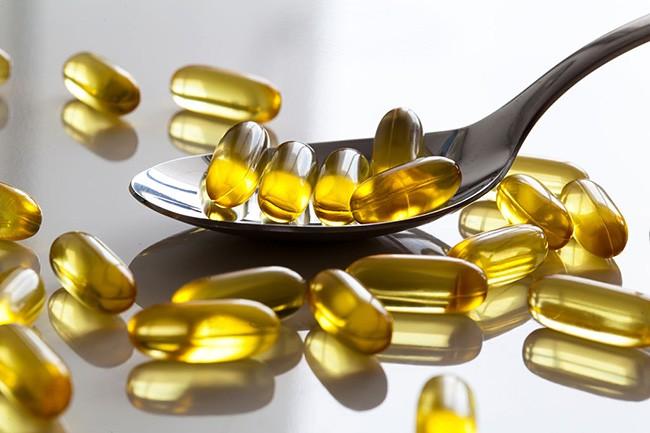 Все про вітамін Д для жінок, чоловіків та дітей: користь, шкода та вплив на організм